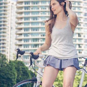 Lululemon💕City Summer Skort Silver Spoon Shorts 8
